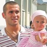 Александр Кержаков с дочкой