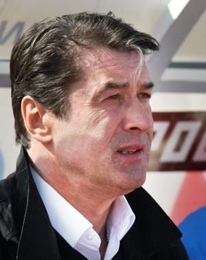 У Анатолия Давыдова день рождения.