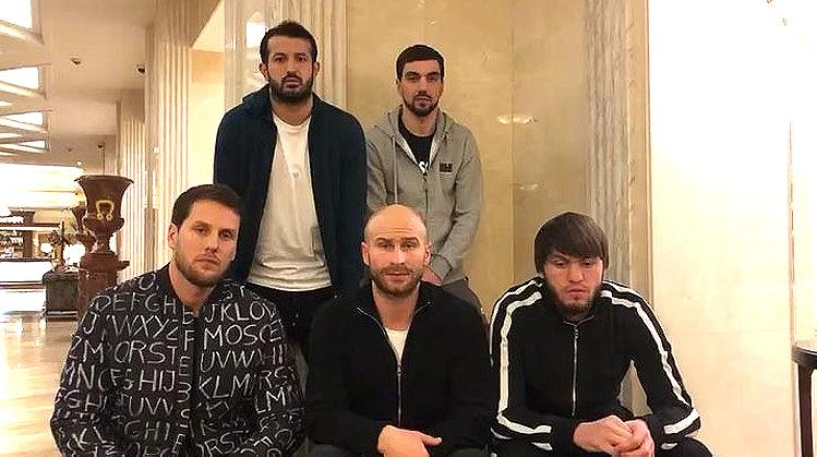 Игроки «Арсенала» — Кокорину и Мамаеву: надеемся, скоро встретимся на поле. Все спортсмены с вами.